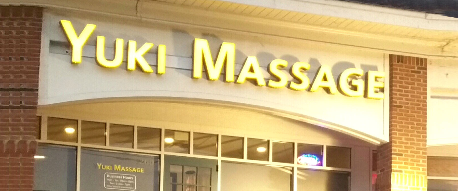 Yuki Massage-banner